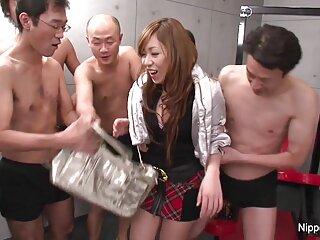 Distancia en videos pornos caseros reales gratis cautiverio (2010))