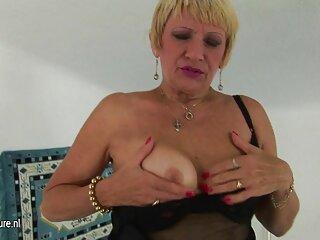 Sirena púrpura videos reales porno casero en el cuello, jeans y botas. Segunda parte