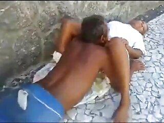 Circulación de videos caseros de sexo real espumosos (2015))